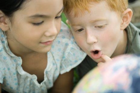 Jak radzić sobie z zazdrością wśród rodzeństwa