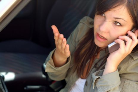 Prowadzisz samochód - wyłącz komórkę