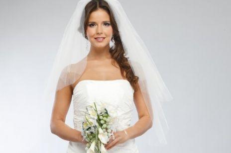 Piękna panna młoda (sylwetka a suknia ślubna)