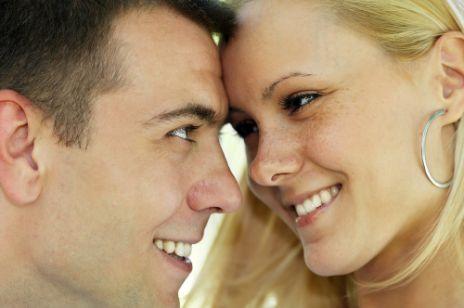 Urok tajemnicy w związku