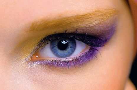 Dwukolorowy makijaż oczu – rajski ptak