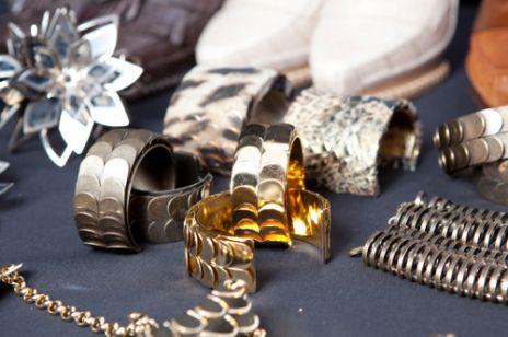 Biżuteria z wybiegów - jesień zima 2011/2012