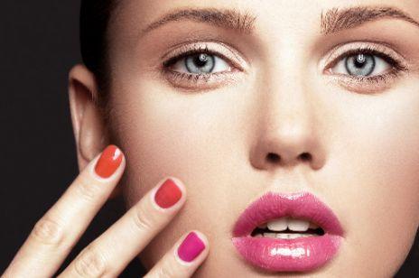 Najmodniejsze lakiery do paznokci na lato 2012
