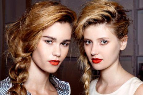 Modne fryzury z warkoczami