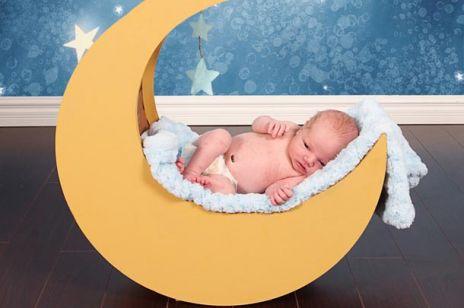 Czy w czasie pełni rodzi się więcej dzieci?