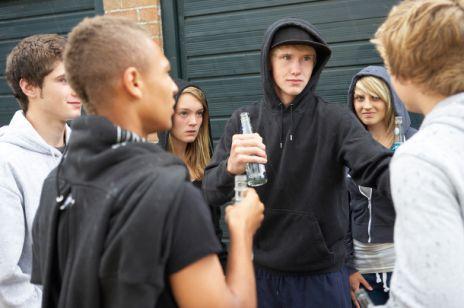W jaki sposób dzieci manipulują rodzicami: Alkohol