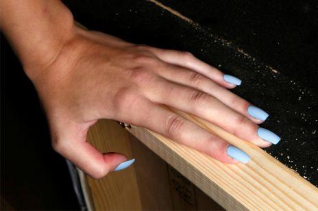 Najmodniejsze kolory lakierów do paznokci