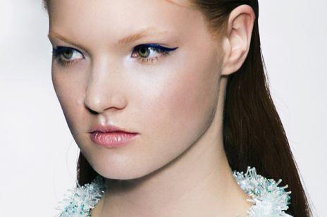 Makijaż na studniówkę - kreski eyelinerem