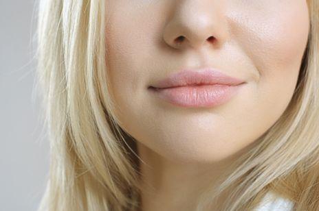 Pękające kąciki ust? Jak temu zaradzić?