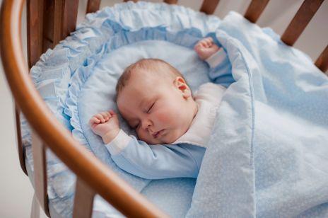 8 powodów, przez które niemowlę źle śpi w nocy