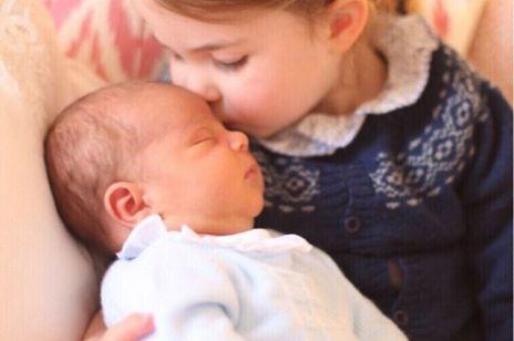 PIERWSZE zdjęcia Louisa trzeciego dziecka księżnej Kate i księcia Williama