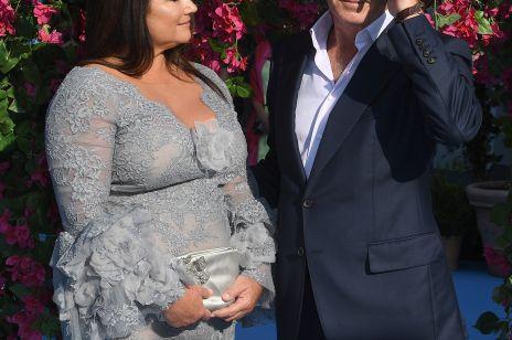 """Pierce Brosnan z żoną na premierze """"Mamma Mia"""": co za para!"""