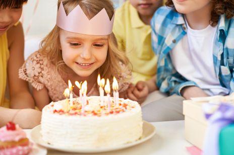Nowy trend urodzinowy wśród rodziców: czy zastąpi tradycyjne prezenty?
