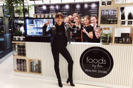 Anna Lewandowska otworzyła kawiarnię: ceny zwalają z nóg?
