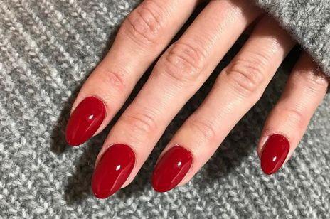 Czerwone paznokcie na święta i Sylwestra - najpiękniejsze inspiracje