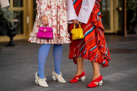 Małe torebki: trendy moda wiosna 2019