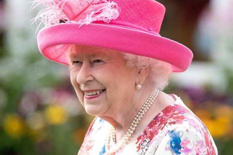 Królowa Elżbieta II debiutuje na Instagramie: co napisała w swoim pierwszym poście?