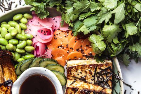Trendy żywieniowe 2019 - diety i potrawy, które będą hitem tego roku