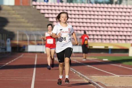 15-letnia Zosia z zespołem Downa pobiła rekord Europy: reprezentantka Polski wywalczyła złoto!