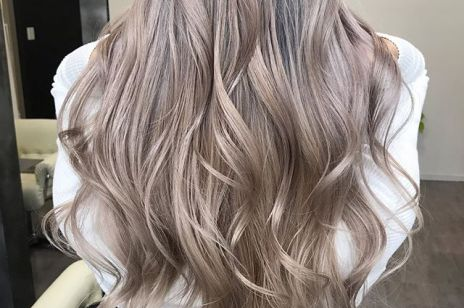Zasady prawidłowej pielęgnacji włosów i skóry głowy - po dwóch tygodniach twoje włosy zyskają blask i objętość!
