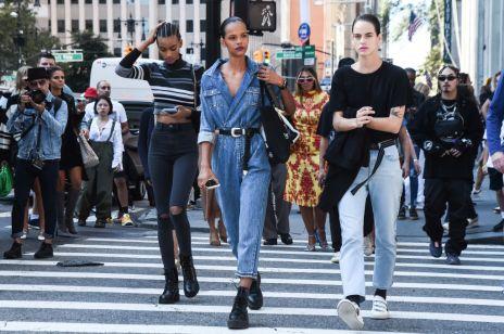 Trendy moda jesień 2019: 5 najmodniejszych modeli dżinsów