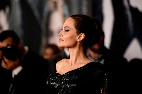 Angelina Jolie na czerwonym dywanie - fani zaskoczeni wyglądem dzieci aktorki!