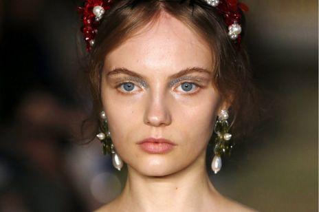 Shimmery Eye to trend makijażowy jesieni! Nasze inspiracje na jesienne wyjścia