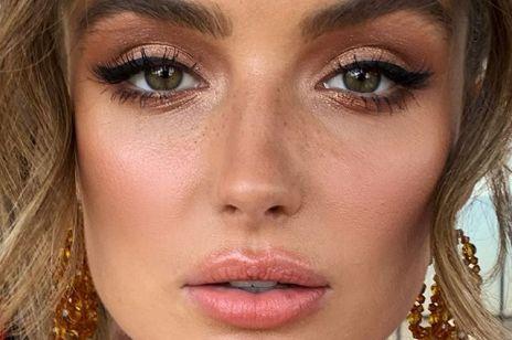 Jaki makijaż na Sylwestra sprawdzi się u brunetek? Makijaż, który optycznie wyszczupli ci twarz