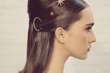 Fryzury na Sylwestra - proste upięcia włosów, które wykonasz w kilka minut