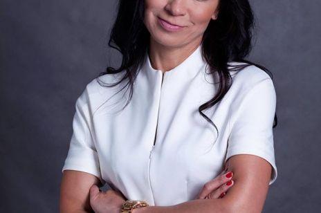 """Dr Elżbieta Radzikowska: """"W mojej pracy bywam bardziej psychologiem niż chirurgiem"""". Wywiad z założycielką Radzikowska Clinic"""