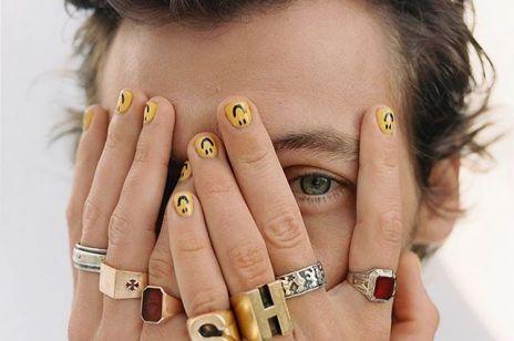 Tatuaż oka? Ta kontrowersyjna ozdoba naprawdę istnieje