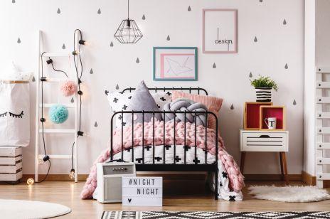 Pomysły na pokój dla dziewczynki: modne style, dodatki i kolory zachwycą każdą małą księżniczkę