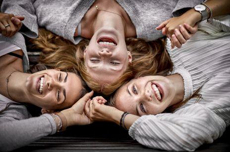 Na tę promocję Rossmann czekamy z wytęsknieniem: aż 55% rabatu na kosmetyki do makijażu