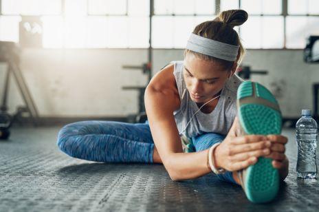 Stretching - ćwiczenia, efekty, trening. Jaki streching jest dobry po treningu?