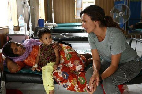 """""""Będziemy razem z córką świętować jej pierwszą miesiączkę"""". Dominika Kulczyk walczy z ubóstwem menstruacyjnym"""