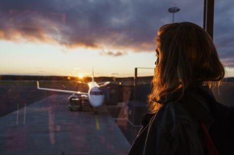 Lot do domu - specjalny program polskich linii lotniczych: jak wrócić do kraju?