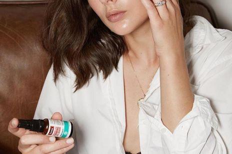 Tych kosmetyków lepiej ze sobą nie łączyć – mogą podrażniać skórę