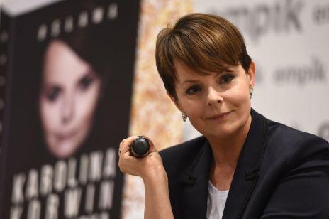 """Karolina Korwin Piotrowska w mocnych słowach podważyła wiarygodność """"Nic się nie stało"""". Spadła na nią za to fala hejtu"""