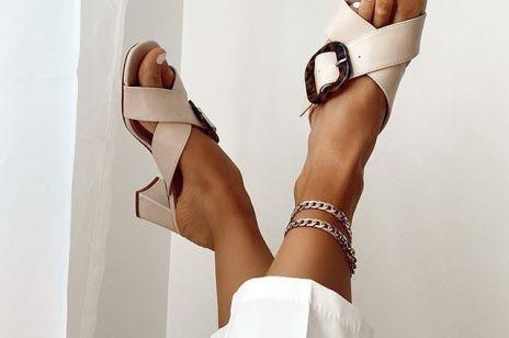 Sandały na słupku - te modele są idealne na wielkie wyjście po lockdownie do pracy