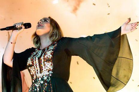 Adele znów zachwyca na Instagramie. Gwiazda wspomina swój pamiętny występ na Glastonbury
