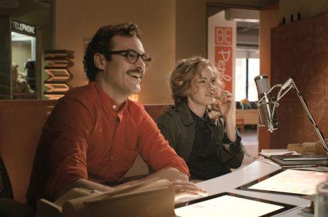 Jak znaleźć miłość przez internet? – autorki tej książki przeanalizowały historie par, którym się udało [WYWIAD]