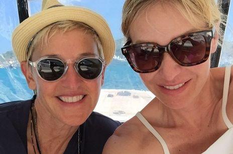 """Ellen DeGeneres i Portia de Rossi się rozwodzą? Podobno ich miłość """"dobiła"""" kwarantanna"""