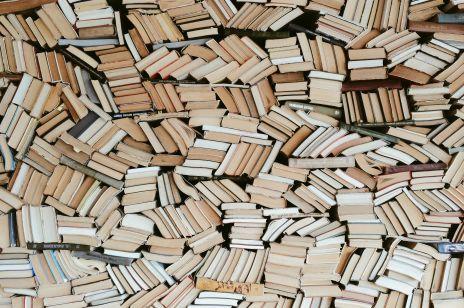 Targi Książki w Warszawie: co to za impreza i czy w jej trakcie można zakupić książki w promocji? Wszystko o dniach książek