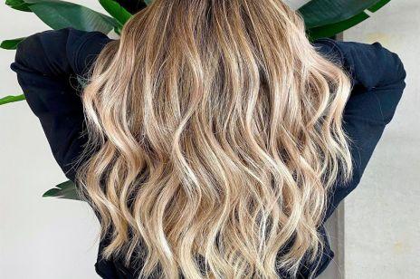 Jak zabezpieczyć włosy przed wysoką temperaturą? Sprawdzone sposoby fanek prostownicy