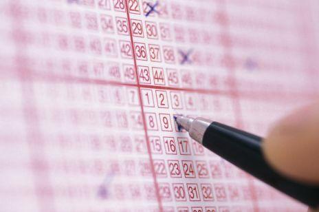 Lotto. Kobieta przez 6 lat grała tymi samymi liczbami. Tego dnia jednak skreśliła inaczej