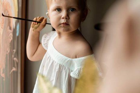"""""""Ciąża była książkowa. Po porodzie zobaczyłam Zuzię i to był ogromny szok. Córka nie miała ucha"""" [HER STORY]"""