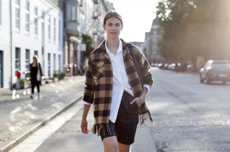 Kurtka koszulowa w kratę Zara, H&M, Pull&Bear to hit sezonu! Jak ją nosić jesienią?