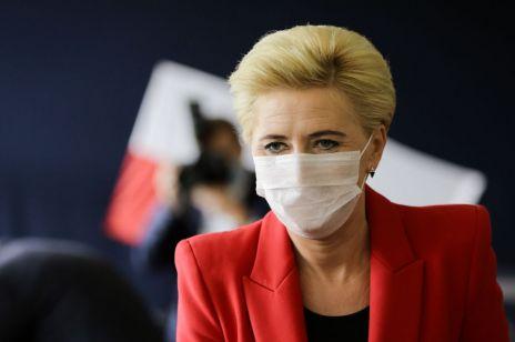 Agata Duda ostro skrytykowana przez Janinę Ochojską za nagranie zachęcające Polki do badań