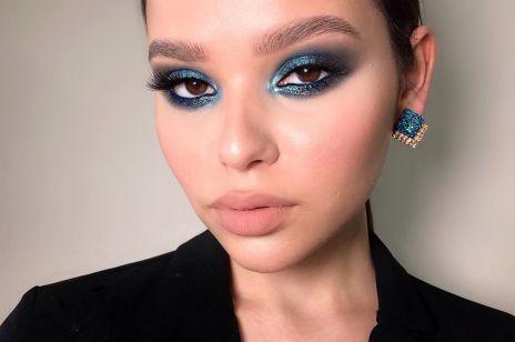 Niebieski makijaż oka to jesienny HIT na Instagramie. Odważysz się?