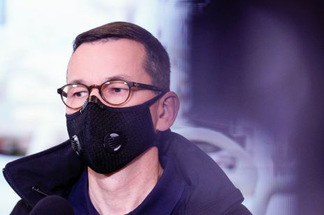 """Premier Mateusz Morawiecki o Marszu Niepodległości: """"Apeluję o powstrzymanie się od tych marszów w tym roku"""""""